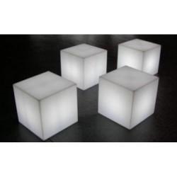 4 cubes lumineux sur...